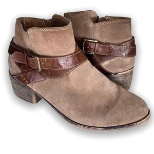 Sonoma Ankle Bootie Faux Suede Tan Size 9.5